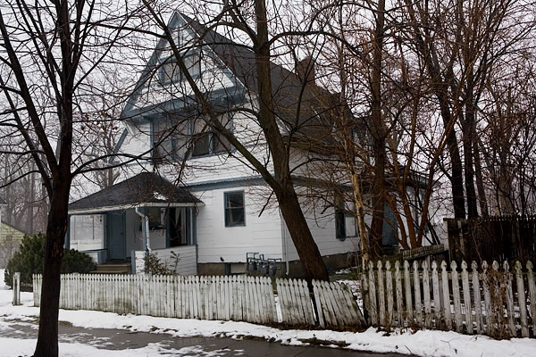 House and picket fence, Elkhart
