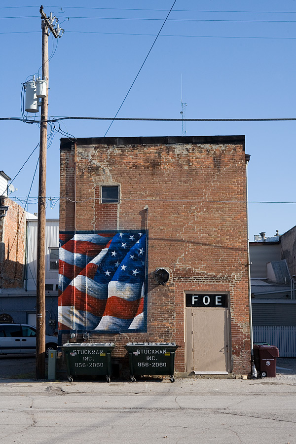 Patriotic mural, back of Elks lodge, Ligonier